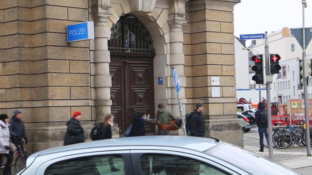 Mailand / Innenhof Satisfying needs Part6: Freedom